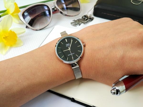 Женские часы Q&Q QA15J202Y 0