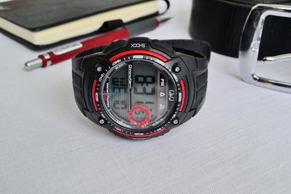 Мужские часы Q&Q M075J002Y 0
