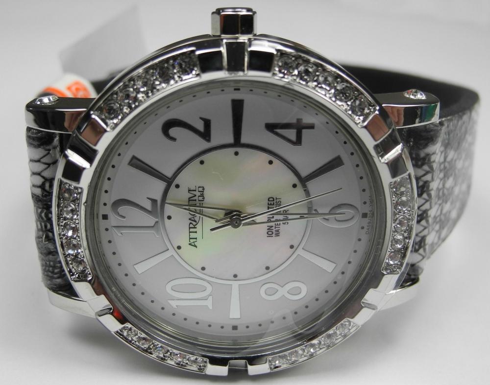 Женские часы Q&Q DA59J304Y 0