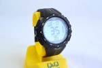 Чоловічий годинник Q&Q M102J001Y 1